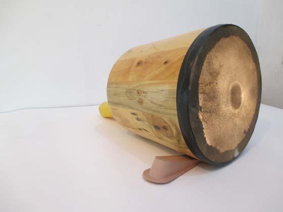 OMNIPRESENCIA Drum, hand lamp, 2 rubber doorstops, 26x36x20cm 2014